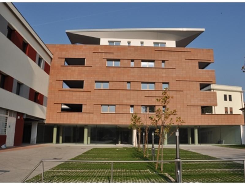 Edificio res.le comm.le SICEV – Vi